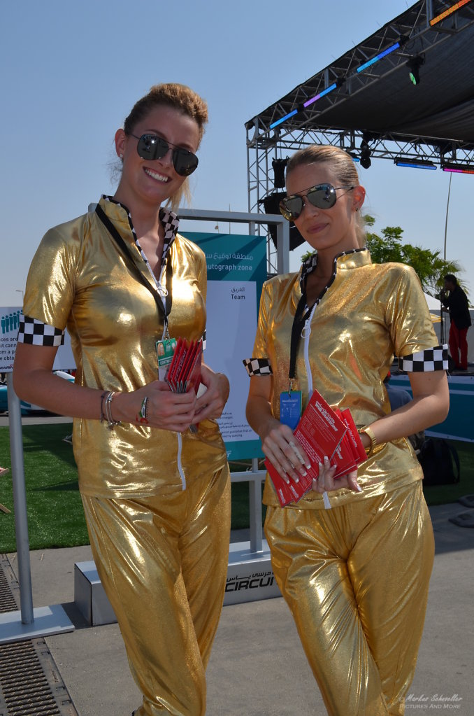 Yas Marina Grid Girls